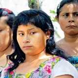 Alt- Mujeres mayas